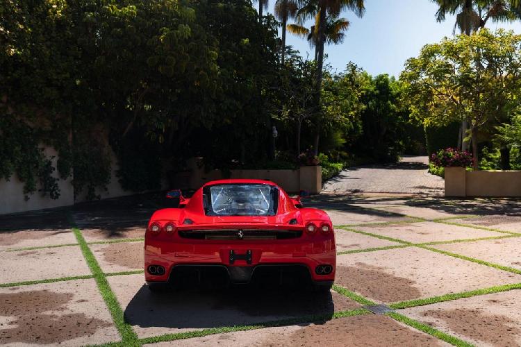Đấu giá siêu xe Ferrari Enzo hàng hiếm giới hạn chỉ 400 chiếc