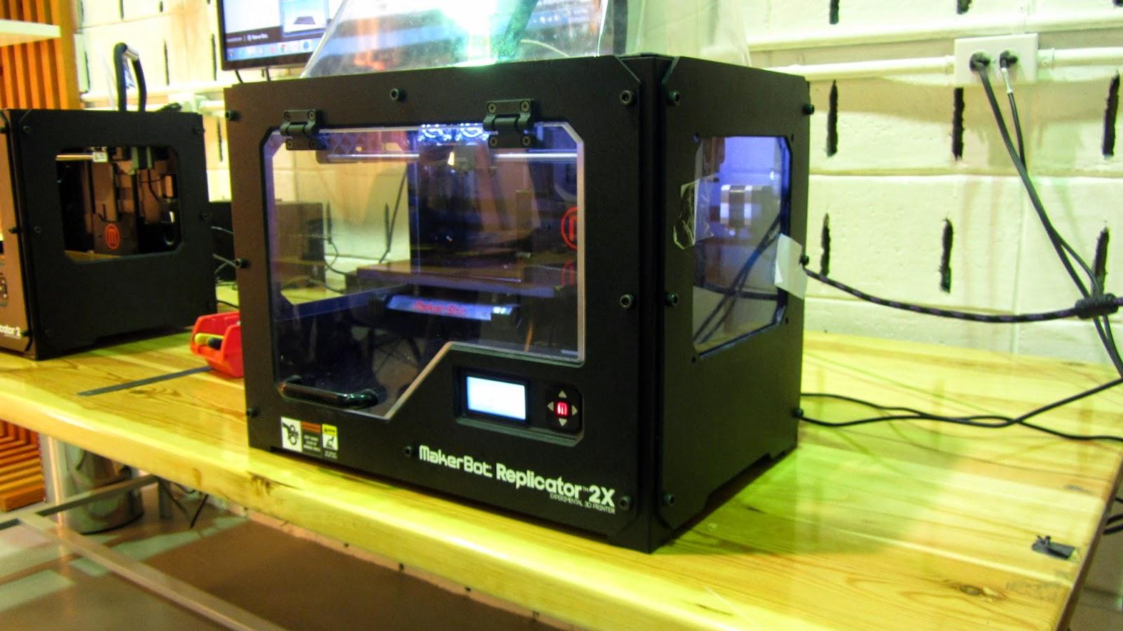 Makerbot 3D printer FABLAB KFUPM Dhahran Saudi Arabia blog