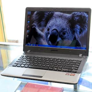 Laptop Samsung NP355V4X AMD A6 di Malang