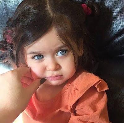 CUTE BABY GIRL PICS