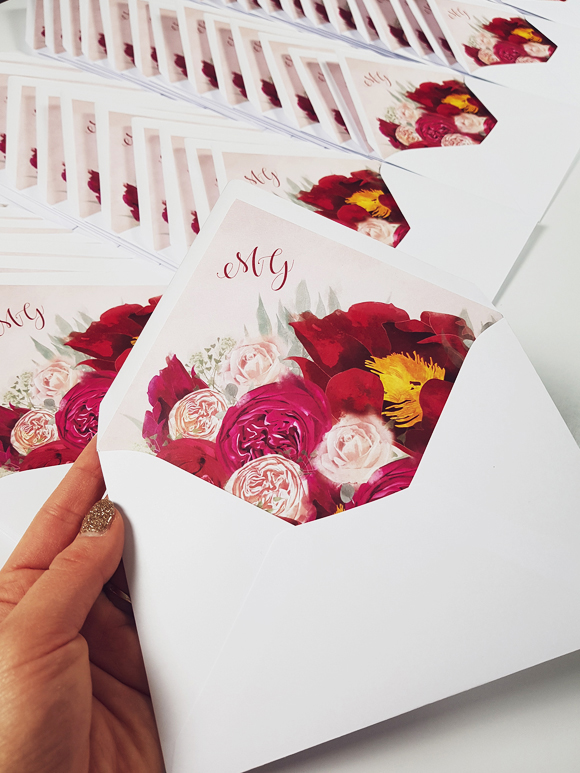 https://projektslub.com/zaproszenia-slubne-modern-flower#/zaproszenia-slubne-pastelowe-piwonie-marshala/