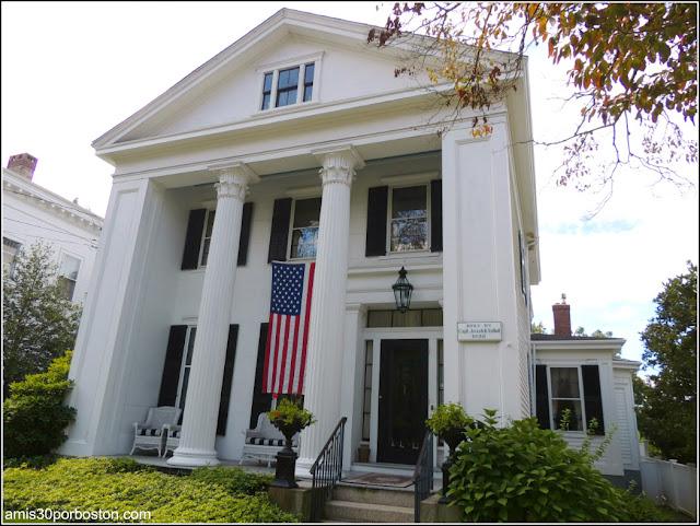 Casa Construida por el Cap. Josiah R. Talbolt en Bristol, Rhode Island