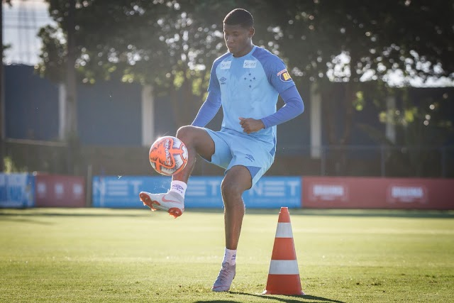 Orejuela é convocado e desfalcará o Cruzeiro