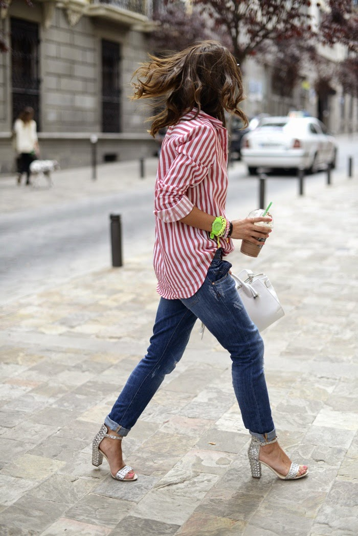 jeans with stripped red and white shirt and high heel sandals