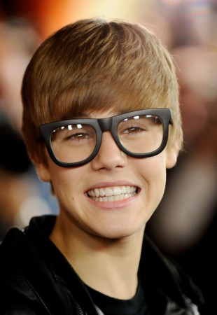 what is justin bieber say now number