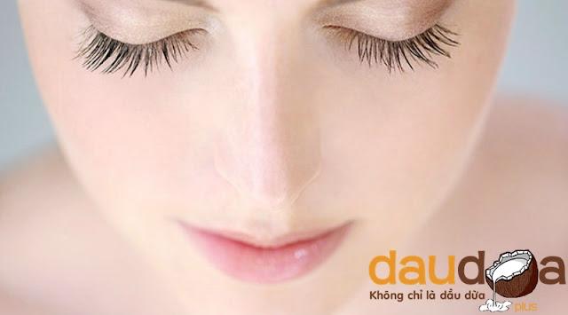 Bí quyết giúp 2 hàng lông mi dài, đẹp và cong vút. Ai nhìn cũng mê - Dầu Dừa Plus