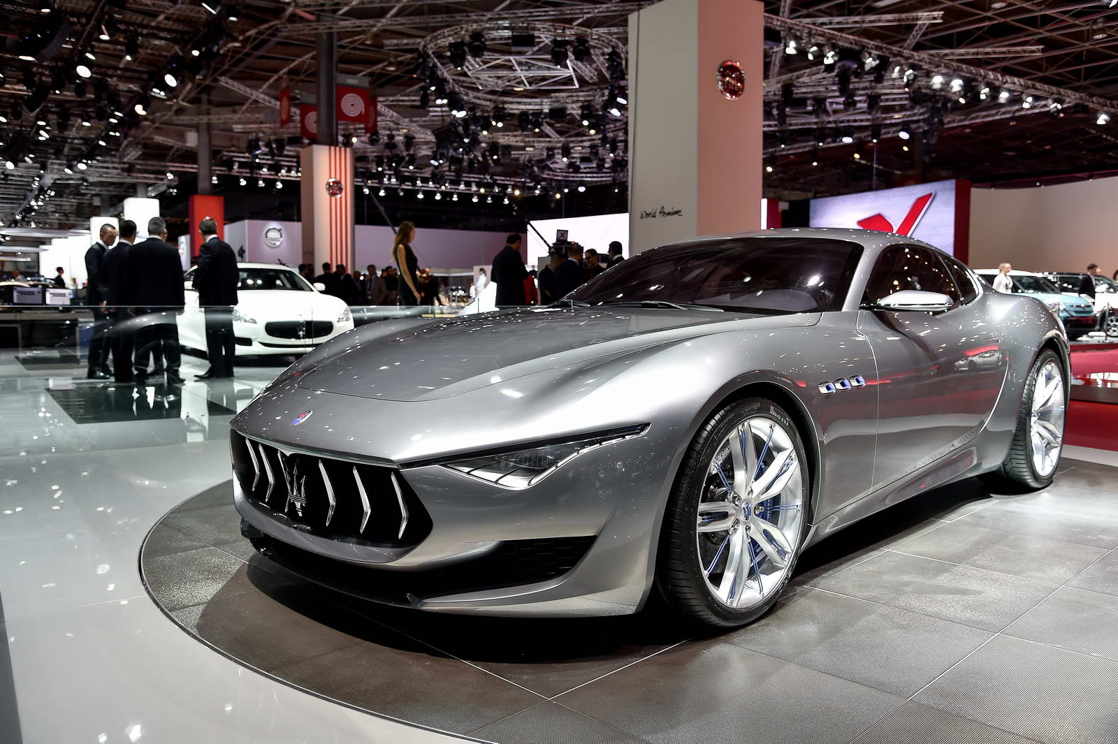 Marchionne Ponders Whether Maserati Could Rival Tesla With