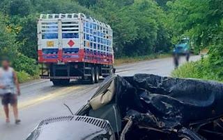 Quatro pessoas da mesma família morrem em grave acidente na BR-030, em Caetité