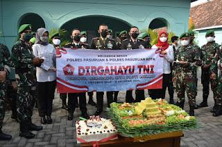 Puluhan Rombongan Polri Jajaran Polres Kota/Kabupaten Pasuruan Gruduk Makodim 0819/Pasuruan