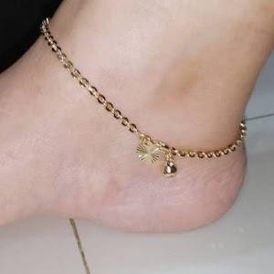 Hukum Perempuan Memakai Gelang Kaki Emas