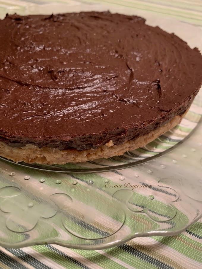 Tarta de aguacate y chocolate