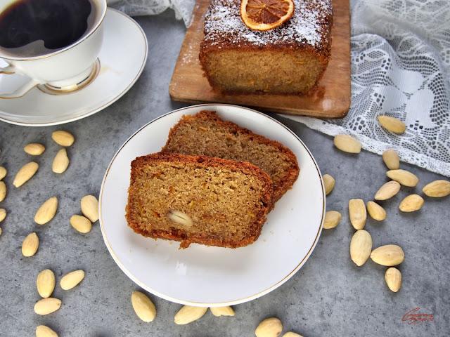 Ciasto pomarańczowo migdałowe