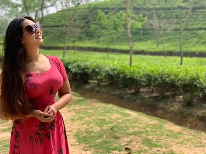 মডেল এবং অভিনেত্রী সাদিয়া জাহান প্রভার কিছু ছবি 27