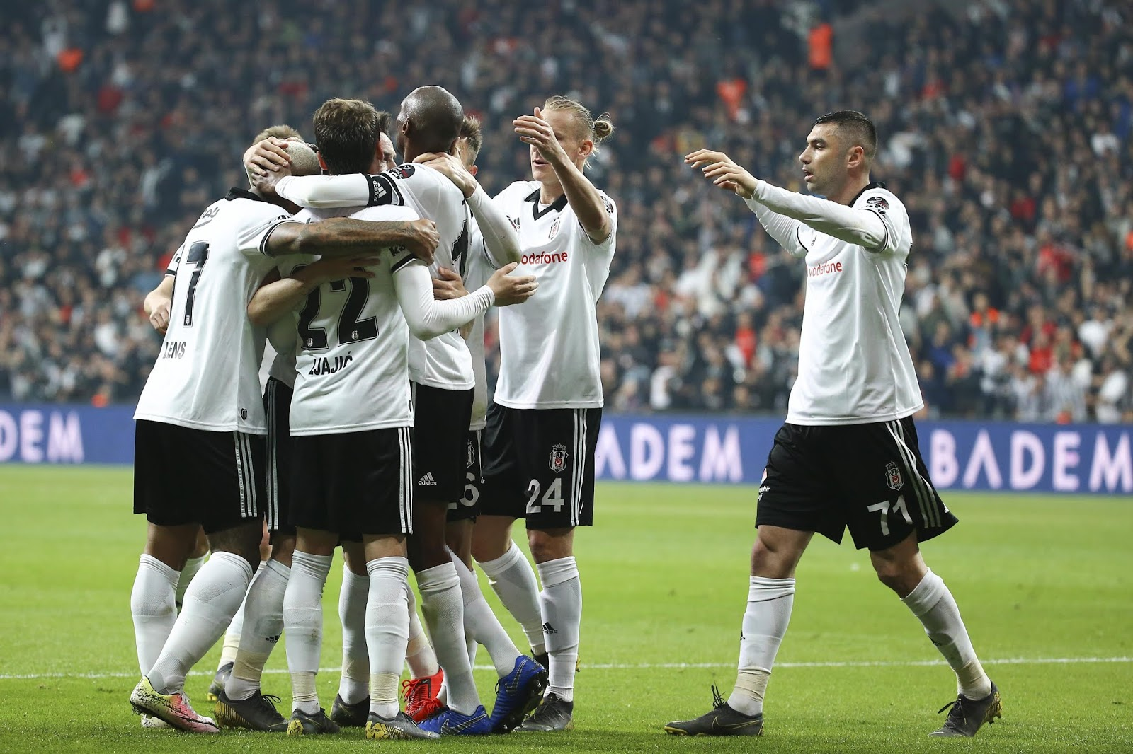 Beşiktaş A takım kadro 2019