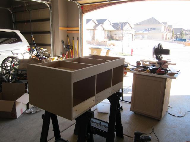 mudroom bench build