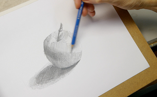karakalem elma resmi