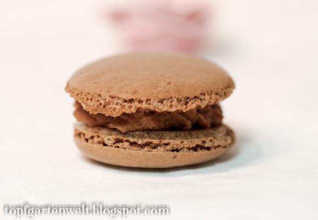 luftige Schoko-Macarons mit Schokoladen Ganache - Foodblog Topfgartenwelt