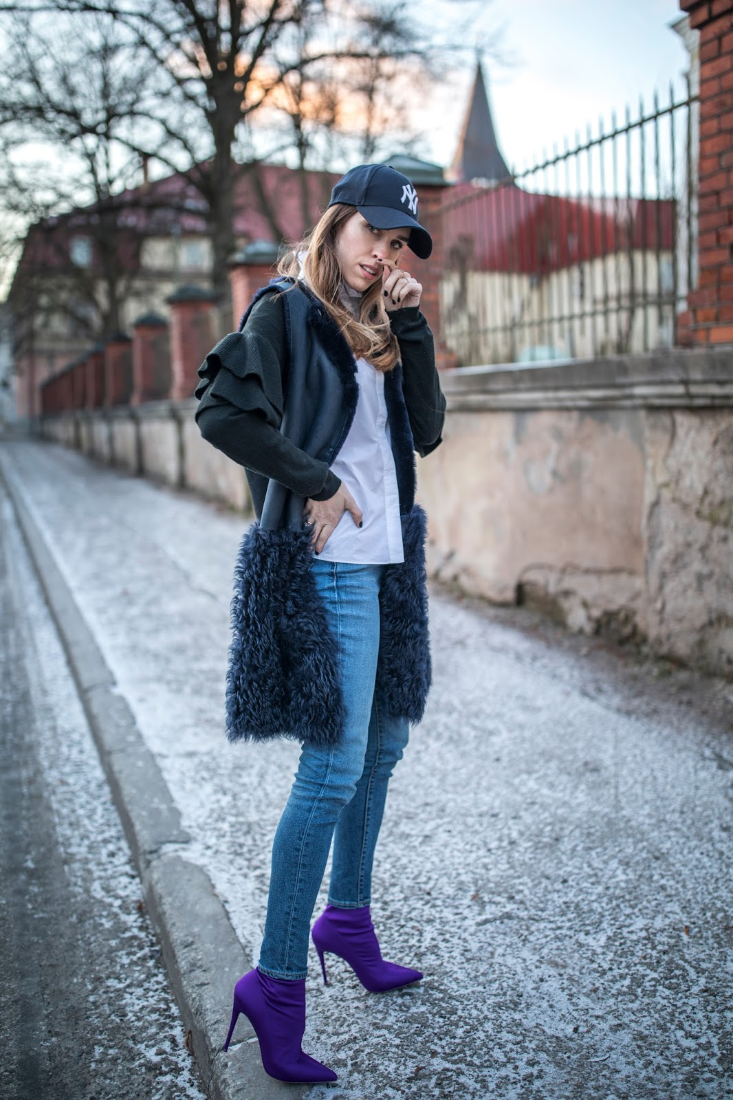 cap heels winter outfit
