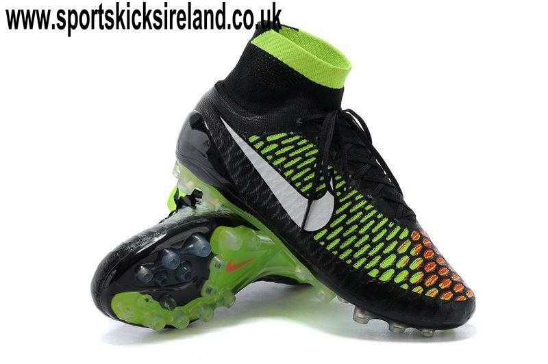 c8fd6b94a8830 The totally new Nike Magista Boot was unveiled in April 2014, made for the  unstoppable playmaking. The second Nike Magista Boot Colorway is mainly  black, ...