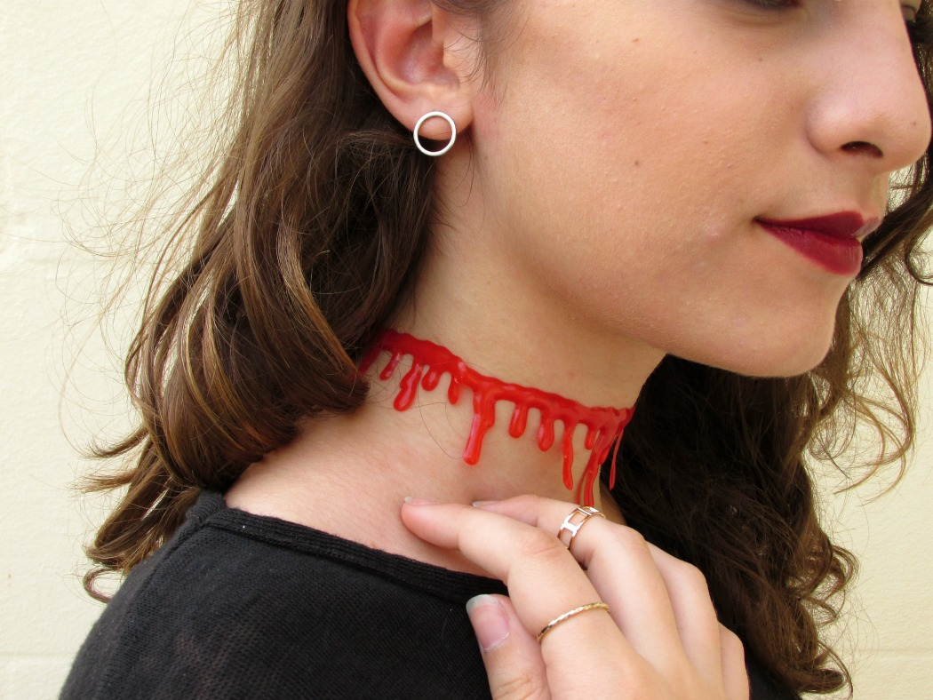 Halloween outfit with Rosegal, blood choker, pumpkin sweater, Rosegal review