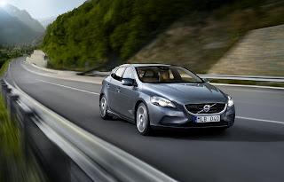 [Resim: Volvo+V40.jpg]