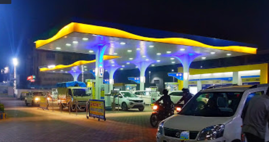 cng pump on agra lucknow expressway