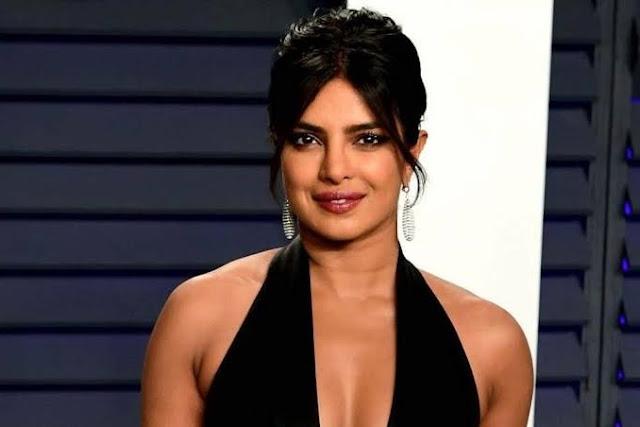 Priyanka Chopra sexy actrees