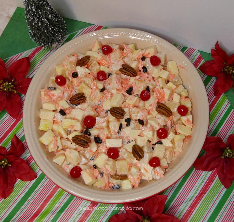 Ensalada Navidena Manzana Pina Y Zanahoria Mi Cocina Rapida Si a estos dos grandes alimentos le sumamos una fruta especial como la piña, tendremos todas las claves para crear una ensalada fresca y sorprendente. ensalada navidena manzana pina y