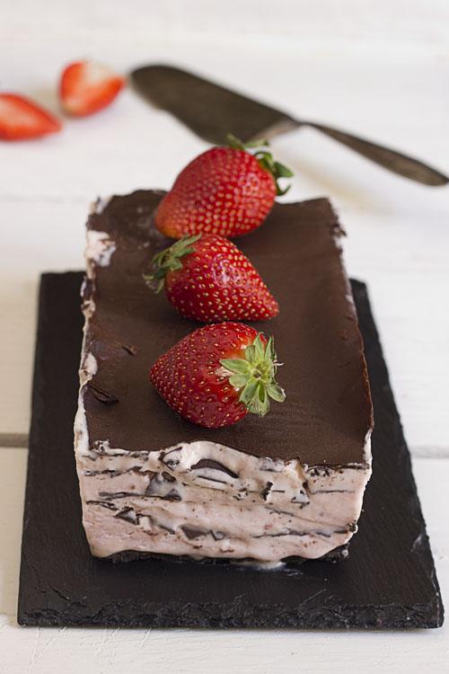Muselina de fresas con milhojas de chocolate crujiente. Reto tia Alia