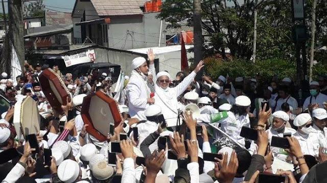 Habib Rizieq Bakal Jadi Simbol Perlawanan Rakyat Terhadap Pemerintah