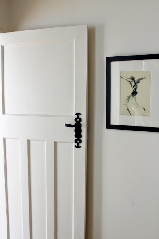 Living in a 1930s house pros cons finnterior designer for 1930s door handles