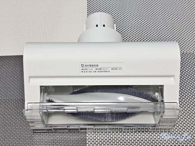 【MI 小米】米家無線吸塵器 G9 (白色) 開箱_迷你電動刷底部