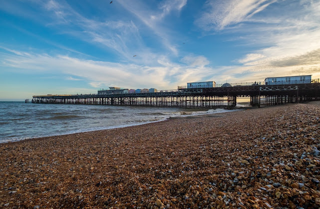 Hastings Pier UK: Photo by Ben Guerin on Unsplash
