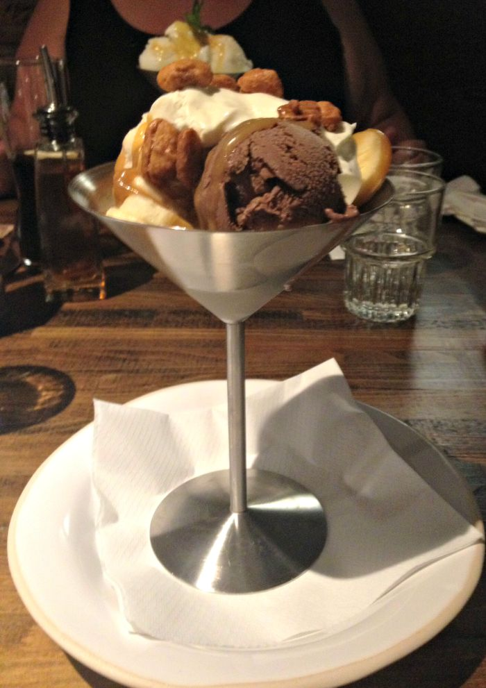 Zizzi Chocolate & Toffee Nut Sundae