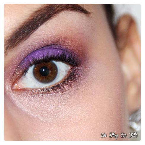 http://unblogdefille.blogspot.com/2016/12/tuto-makeup-paillettes-violettes-msc.html