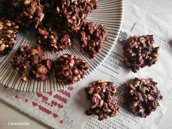 Rocas de chocolate negro saludables