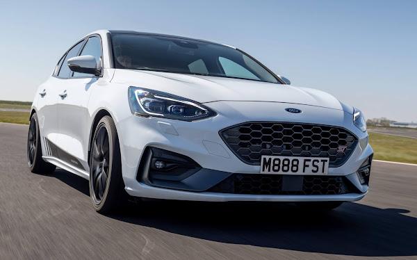 Ford Focus ST chega a 365 cv e 560 Nm de torque com kit Montune