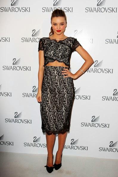 Miranda Kerr looked amazing in black lace dress