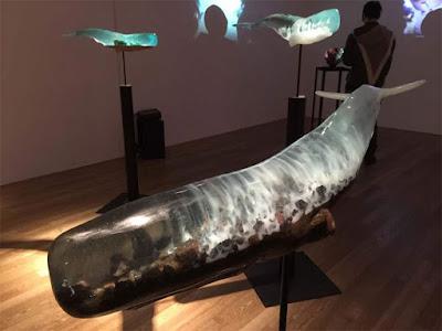 esculturas de ballenas de resina cristal