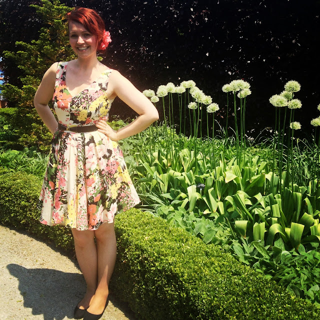 Ashley Gibson, Toronto Botanical Garden, dresses, flowers