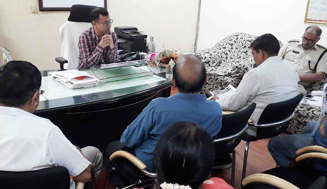 SDM Satbir Mann reviewed the meeting of the officers, preparing for the Civil Services Examination