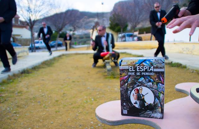 Foto presentación El espía (que se perdió) by Éxito y Error