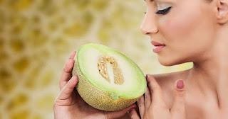 Memiliki wajah yang higienis dan terawat merupakan dambaan bagi banyak perempuan dan juga laki-laki Manfaat Buah Melon untuk Kecantikan