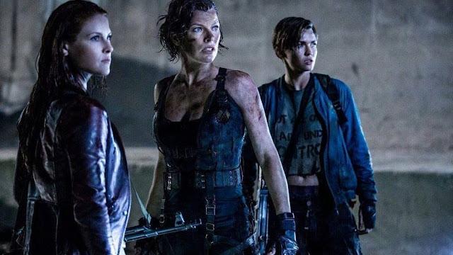 De acordo com o Variety, Johannes Roberts (Os Estranhos 2) vai dirigir e roteirizar o reinicio do universo Resident Evil no cinema. Ainda não há data para o começo das gravações do longa.