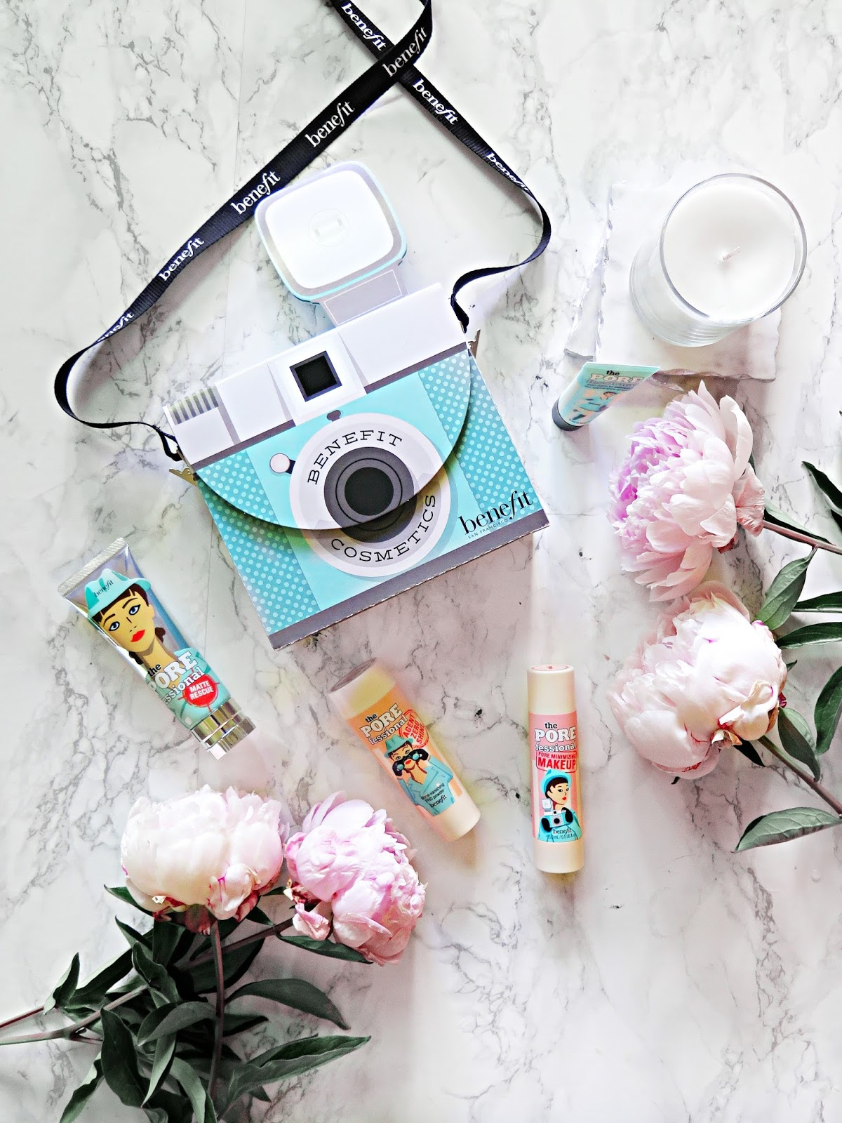 Pores No More | NEW Benefit Cosmetics The POREfessional Pore Minimizing Makeup | Review | labellesirene.ca