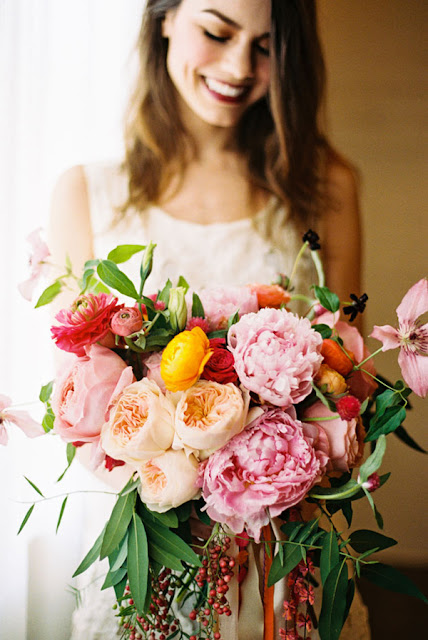 Cool Chic Style Fashion : Peonies and Ranunculus