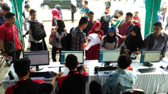 Waw, 3.000 Lebih Pencari Kerja Telah Mendaftar Di Kalsel Job Fair 2017