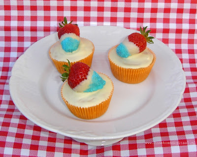 Rood wit blauw aardbei cupcake