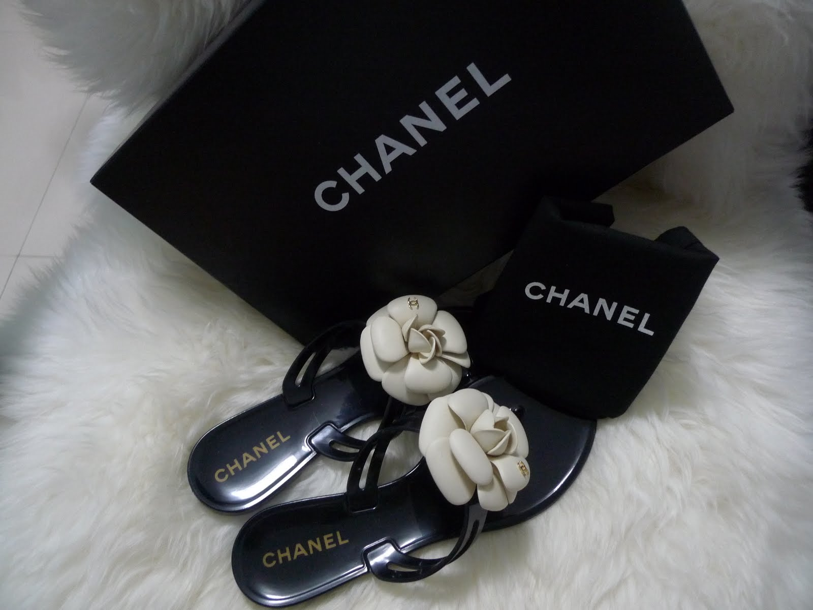 ExquisiteBagaholic: Authentic Chanel Camellia Jelly Thongs ...