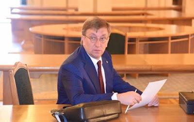 Зеленський звільнив першого заступника Баканова з військової служби